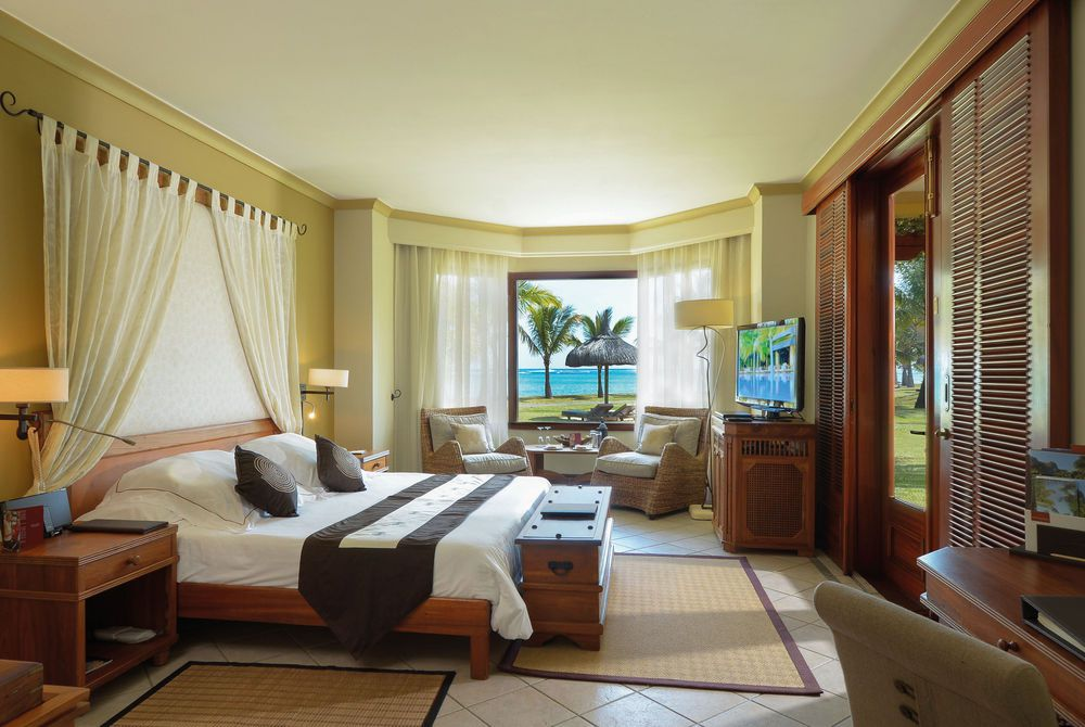 Club Junior Beach Suite Front, Dinarobin Hotel Golf & Spa, Mauritius
