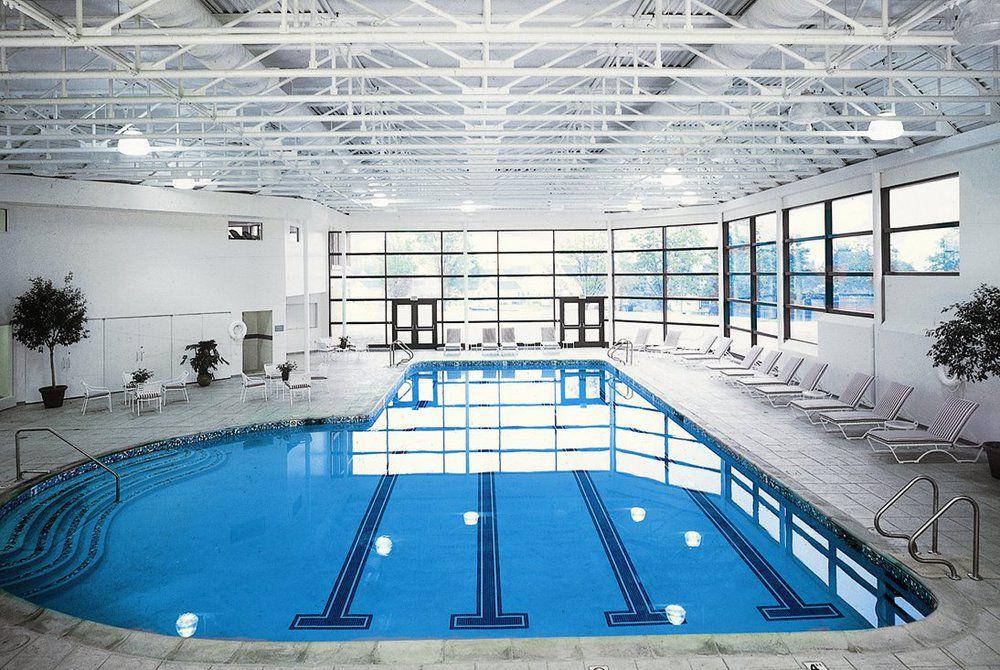 Cranwell Resort, Pool