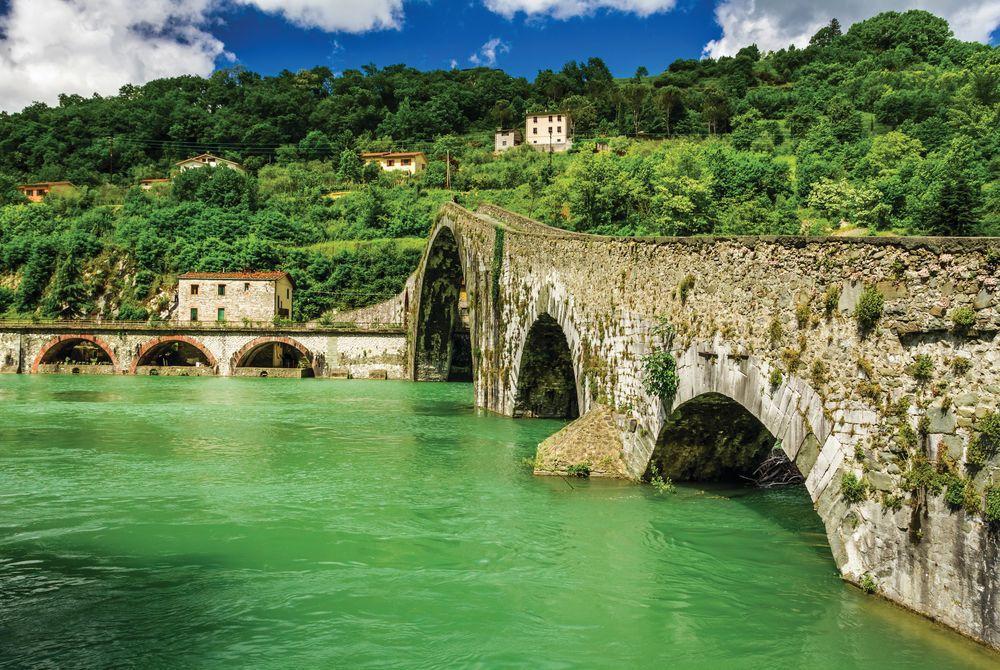 Devil's Bridge, Lucca