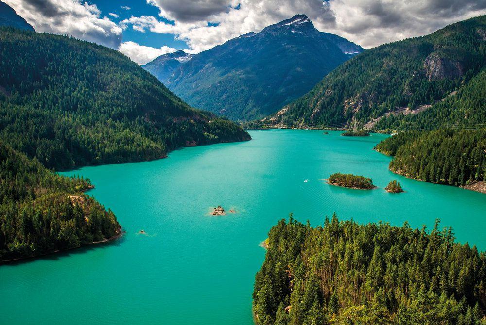 Diablo Lake, North Cascades National Park, Washington State, USA