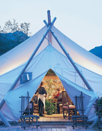 Diner Tent, Clayoquot Wilderness Resort