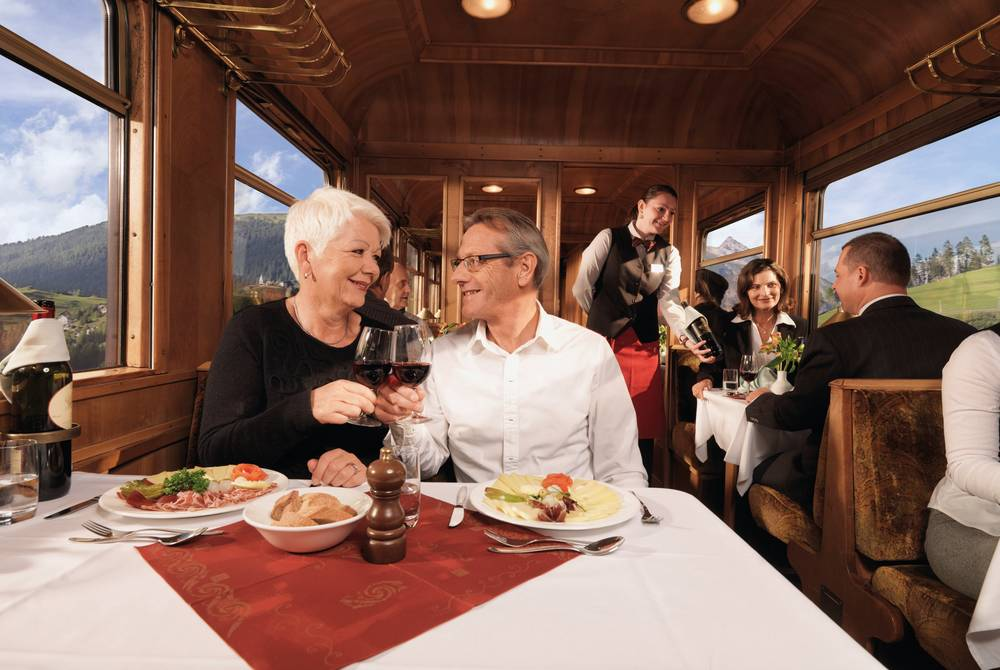 Dining, Golden Eagle Swiss Rail Spectacular