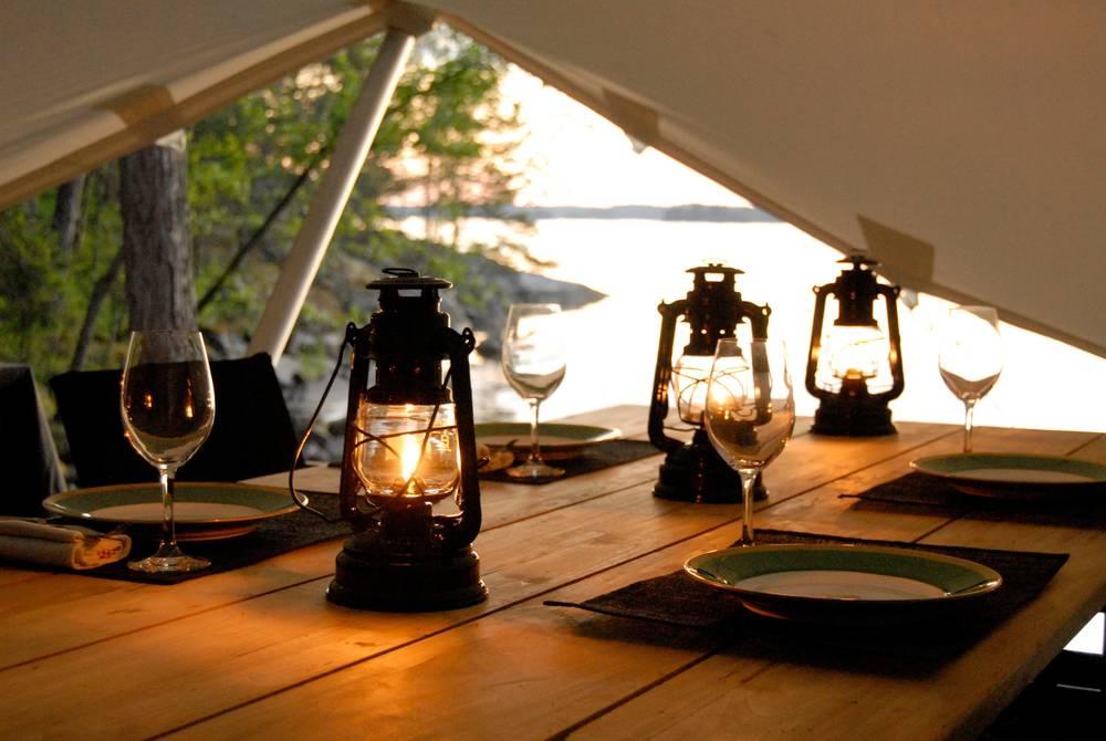 Dining area, Island Lodge