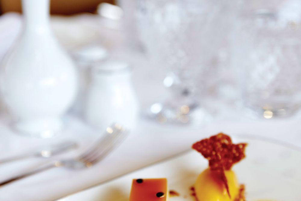 Dining onboard - Belmond Grand Hibernian