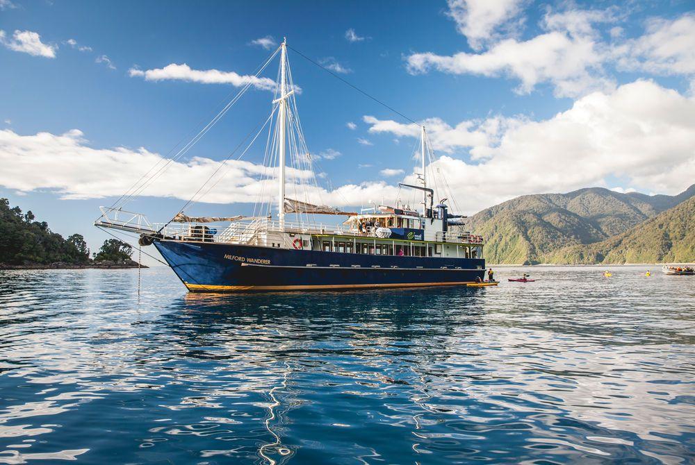 Doubtful Sound Overnight Cruise