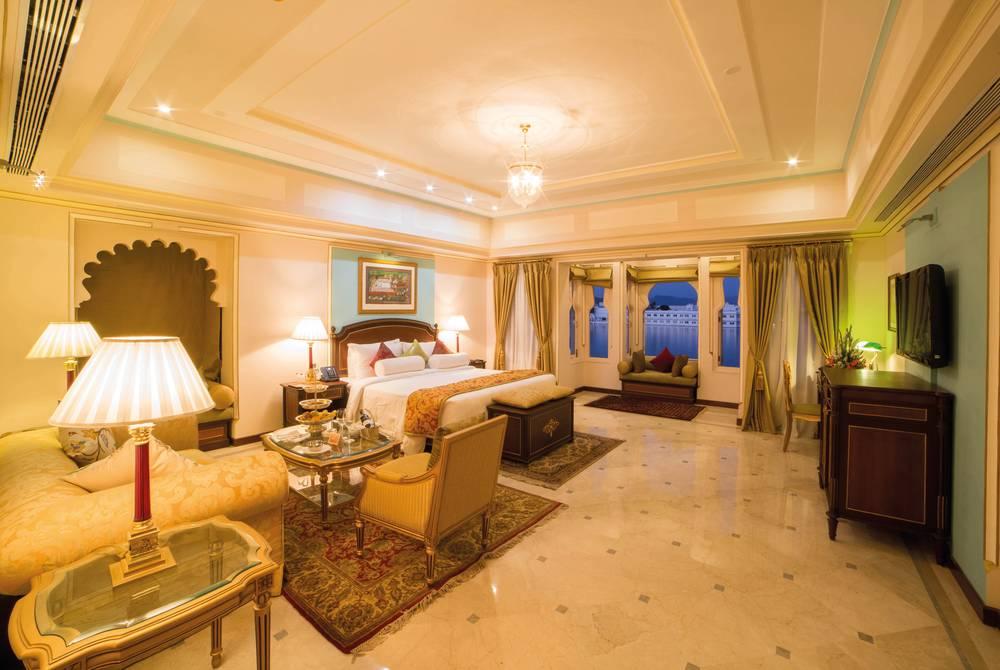 Dovecote Premier Suite, Fateh Prakash Palace