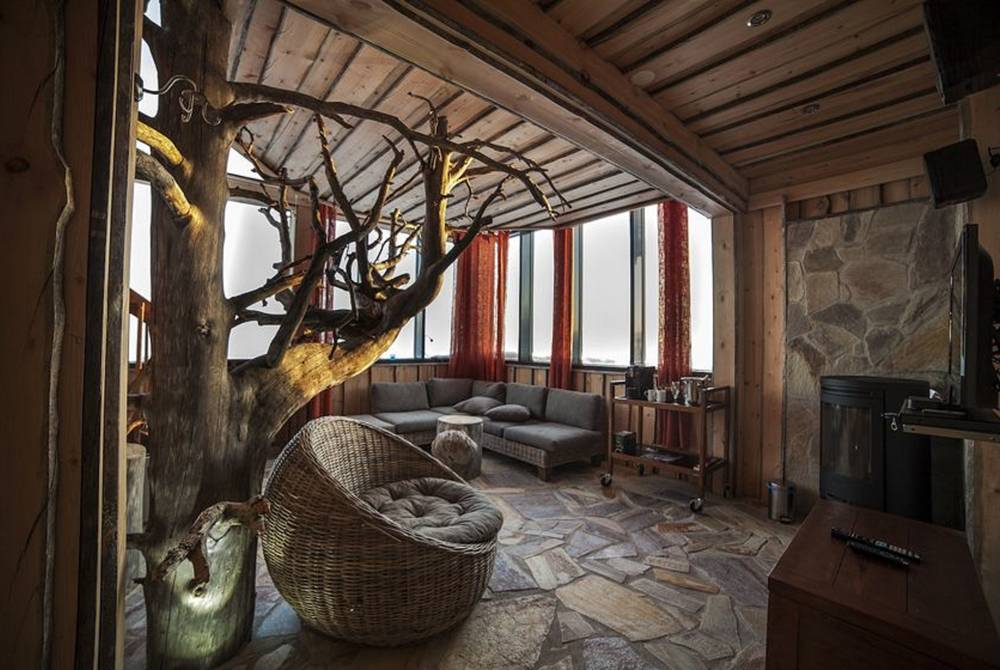 Eagle Nest Suite, Iso-Syote