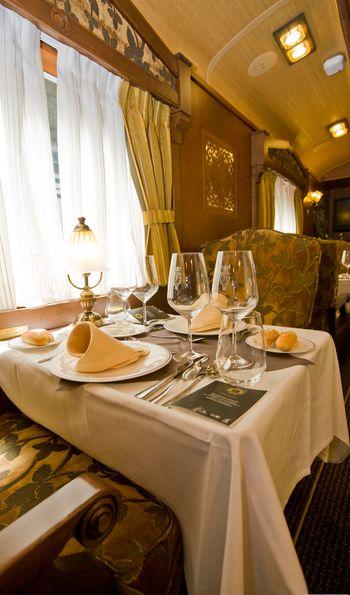 Dining carriage, El Transcantábrico Gran Lujo