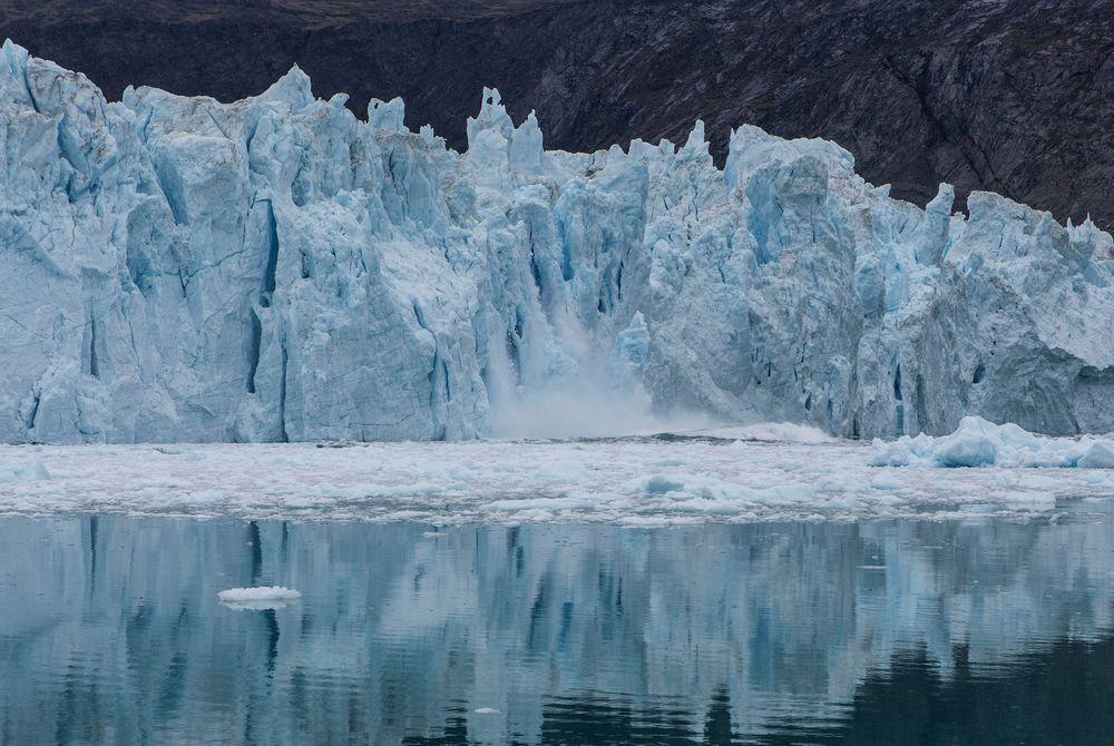 Eqi Glacier Calving near Ilulissat (Photo by Iurie Belegurschi - Visit Greenland)
