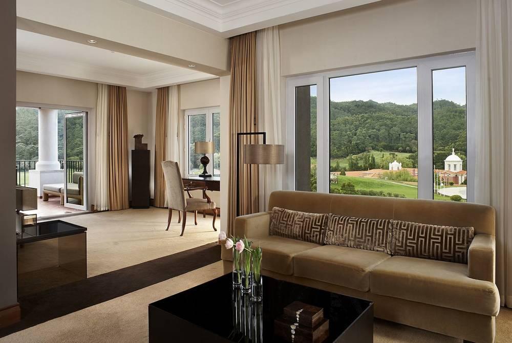 Executive Suite Living Room, Penha Longa Resort, Sintra