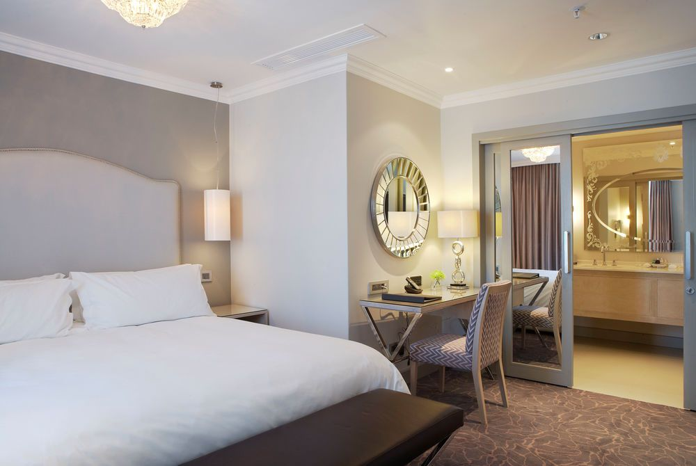 Executive Suite, Queen Victoria Hotel