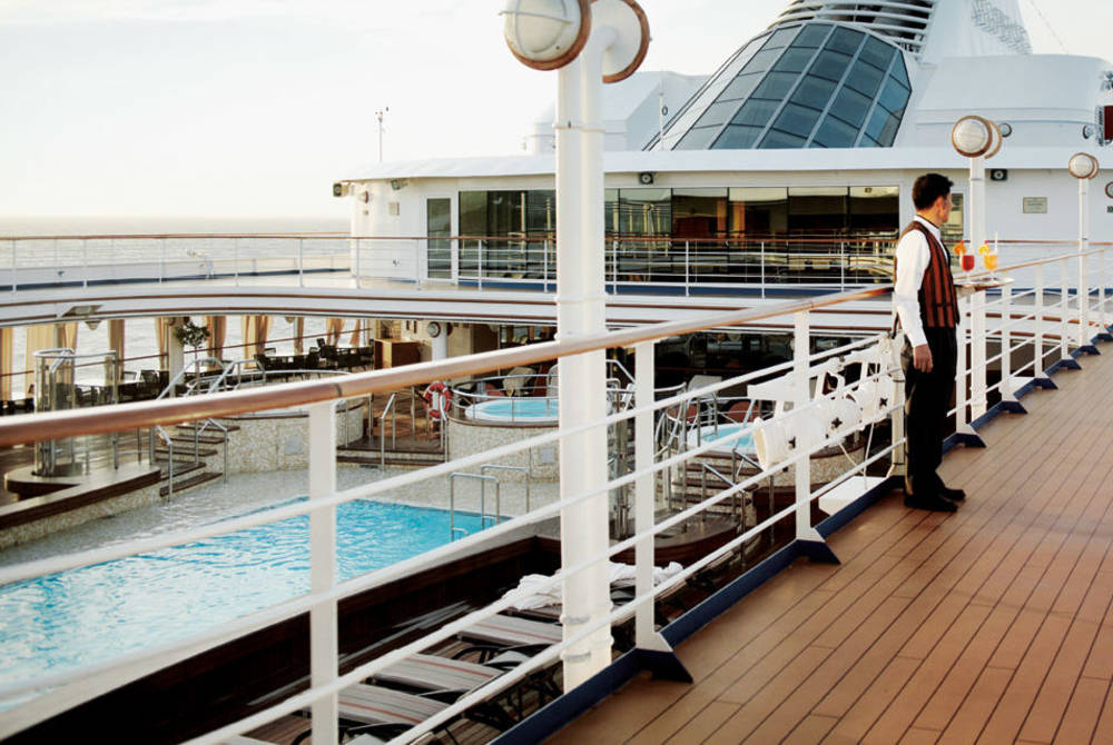Swimming pool on deck, Silver Wind, Silversea
