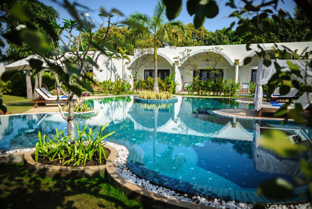 Family Pool, Navutu, Siem Reap, Cambodia