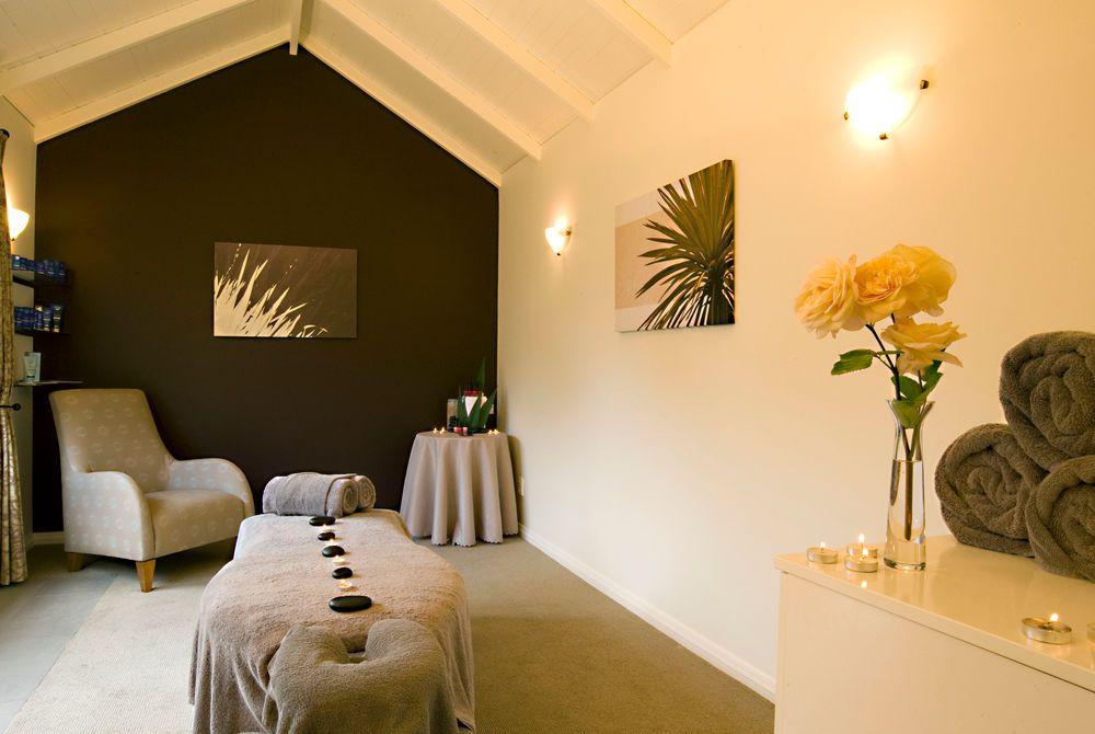 Flagstaff Lodge day spa, New Zealand