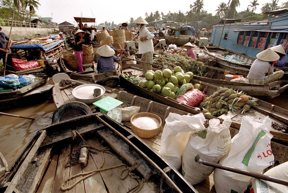 Floating market, Mekong Delta