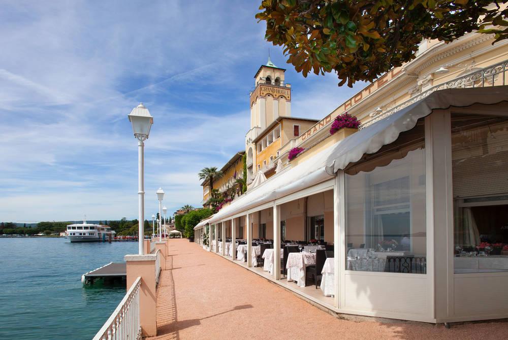 Main Restaurant Veranda