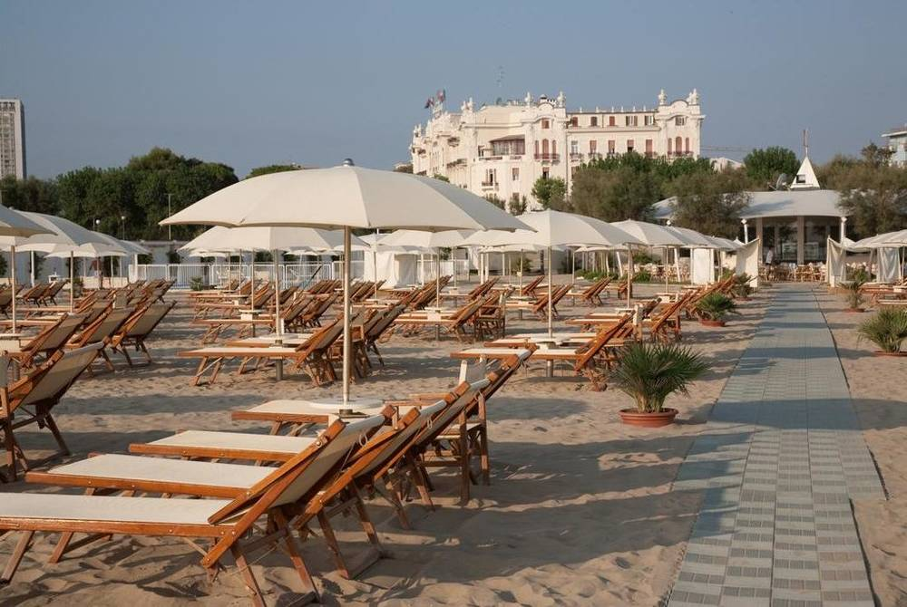 Grand Hotel Rimini from the beach