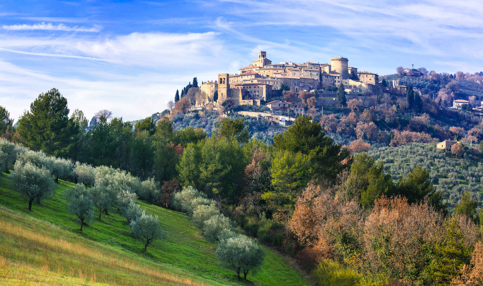 The hilltop town of Gualdo Cattaneo in Umbria