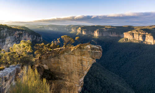 Hanging Rock, Blue Mountains Sydney Australia