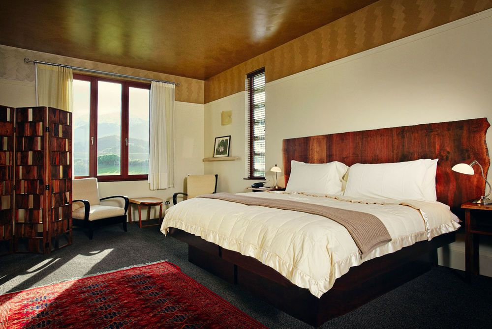 Hapuku Lodge bedroom interior, New Zealand