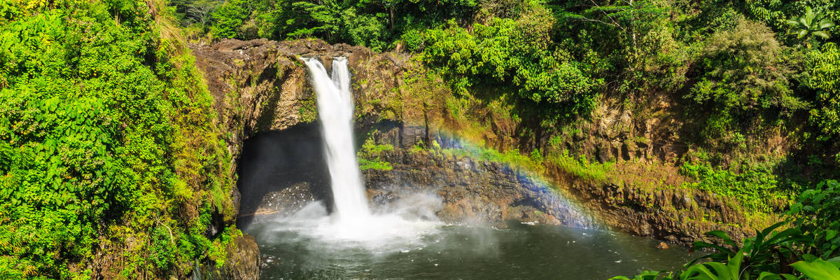 Hawaii, Rainbow Falls in Hilo