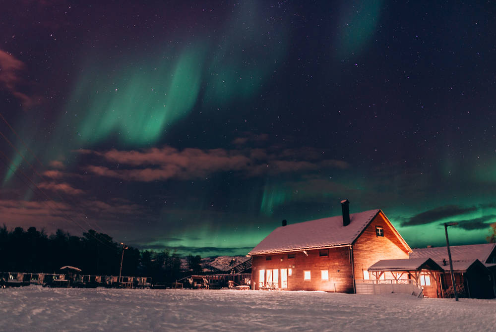 Northern Lights at Holmen Husky Lodge (Credit: Michael Kaak)