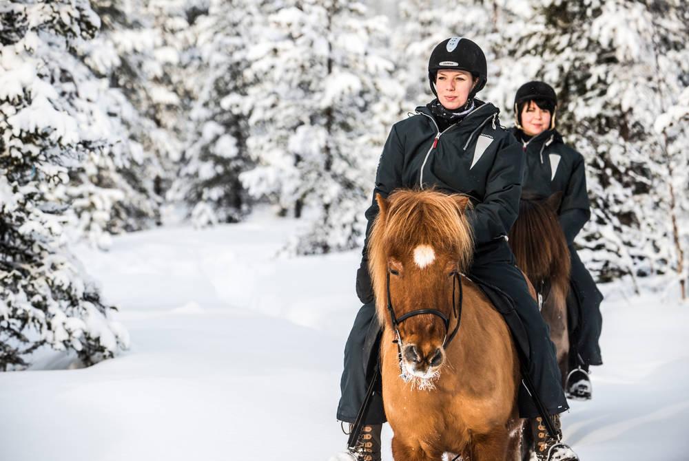 Horseback riding excursion, ICEHOTEL (Credit: Markus Alatalo)