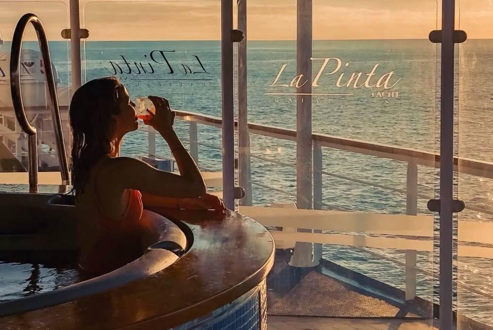 Hot tub, La Pinta Yacht, Galapagos