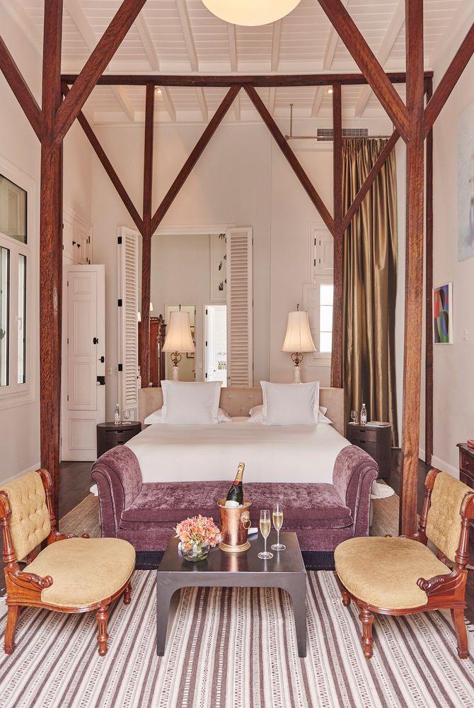 Hotel B, Peru