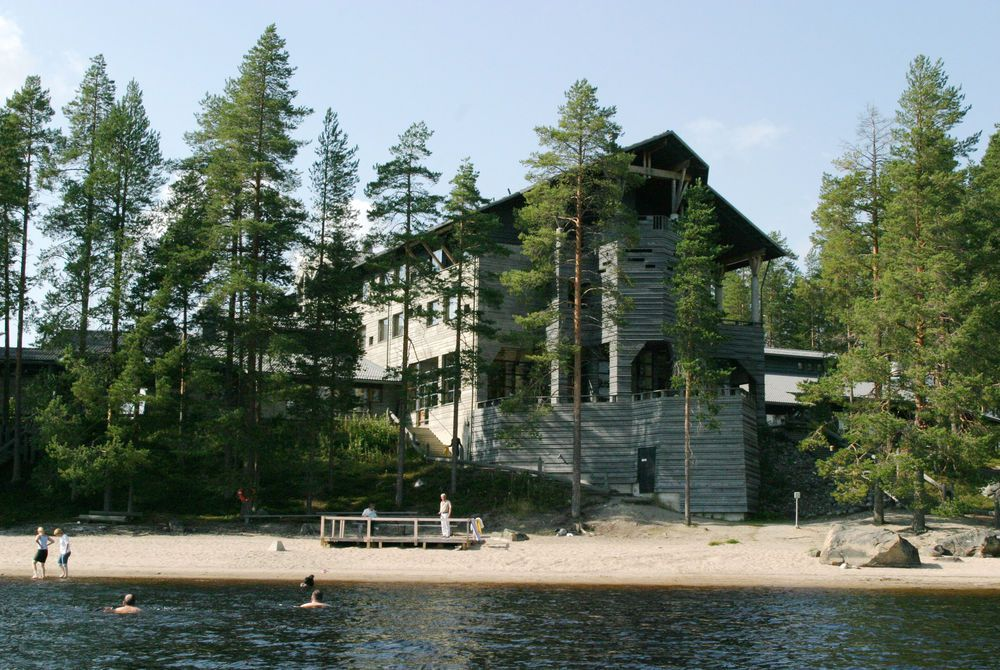 Hotel Kalevala by the Lake Lammasjärvi