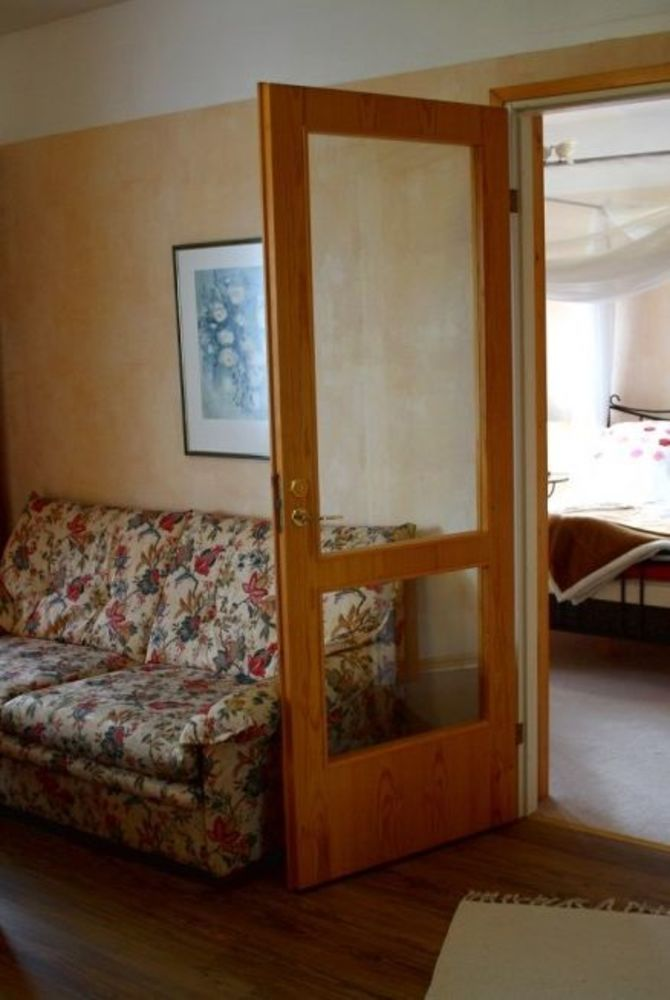 Hotel Kalevala suite with canopy bed