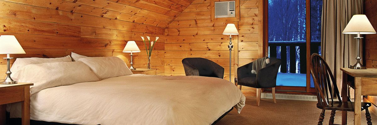 Guest bedroom at Hotel Sacacomie