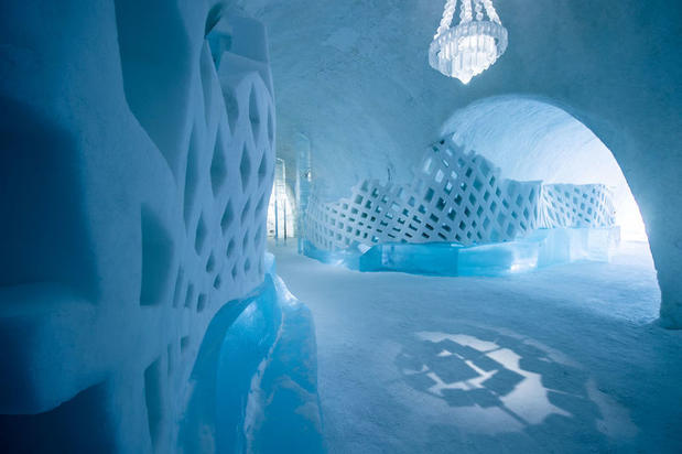 The ICEHOTEL Main Hall