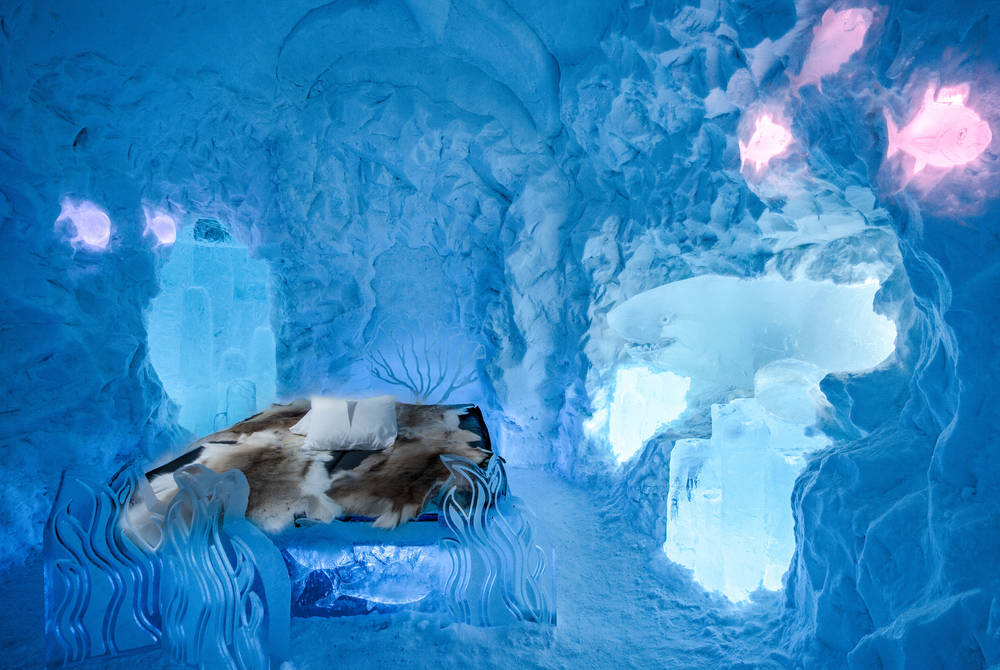 ICEHOTEL 29 | The Living Ocean Suite Design Jonathan Paul Green & Marnie Green | Photo Asaf Kliger | © ICEHOTEL 2018
