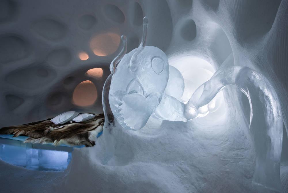 ICEHOTEL 30 | Art Suite Subterranean | Design Daniel Rosenbaum & Jörgen Westin | Photo Asaf Kliger