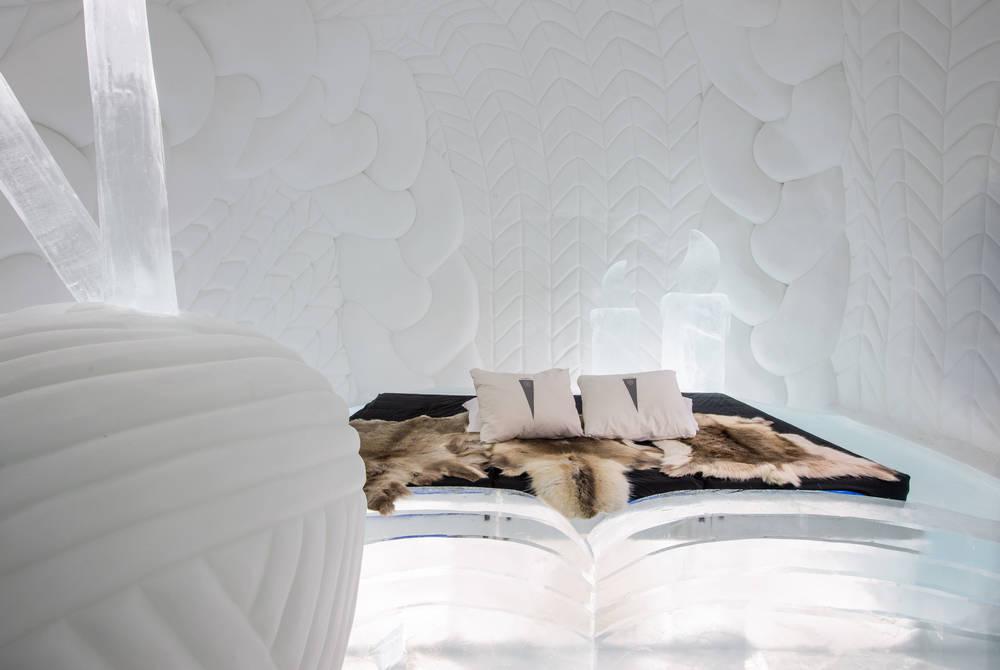 ICEHOTEL 30 | Art Suite Warm up | Design Aleksandra Pasek & Tomasz Czajkowski | Photo Asaf Kliger