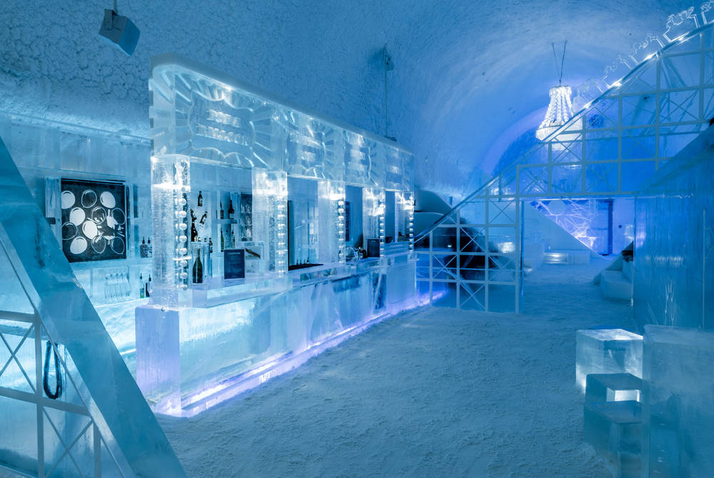 ICEHOTEL 30 | Icebar by Icehotel Torneland | Design Mathieu Brison & Luc Voisin | Photo Asaf Kliger