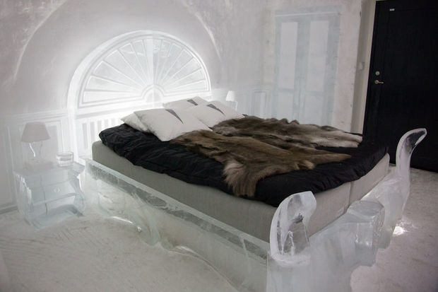 Victorian Art Suite at the ICEHOTEL 365 in Swedish Lapland