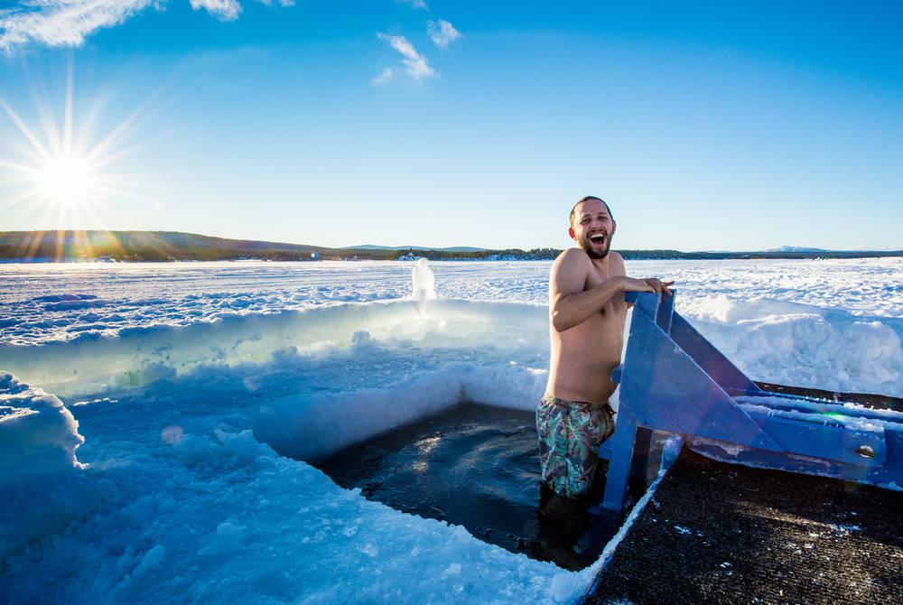 Ice plunge sauna (© Asaf Kliger)