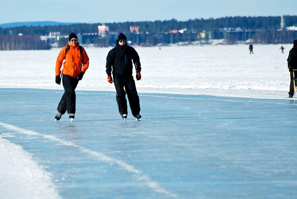 Luleå city & ice trail walk
