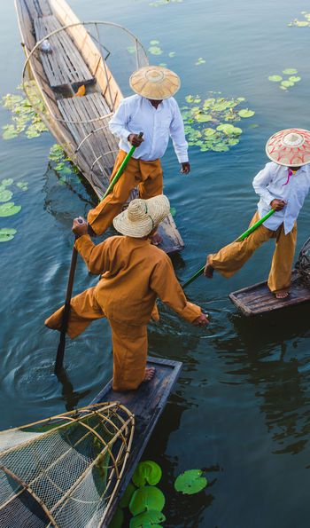 Fishermen on Inle Lake, Myanmar, Burma, Asia