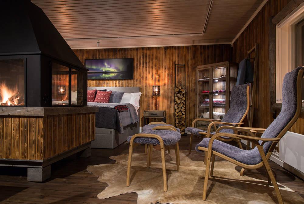 Interior, Loggers Lodge