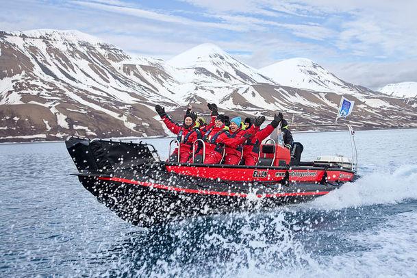 RIB cruise on Svalbard's Isfjord