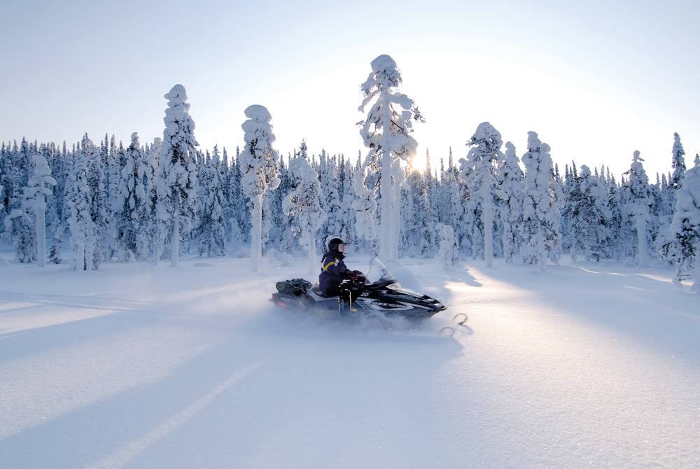 Snowmobiling, Iso-Syote, Finland