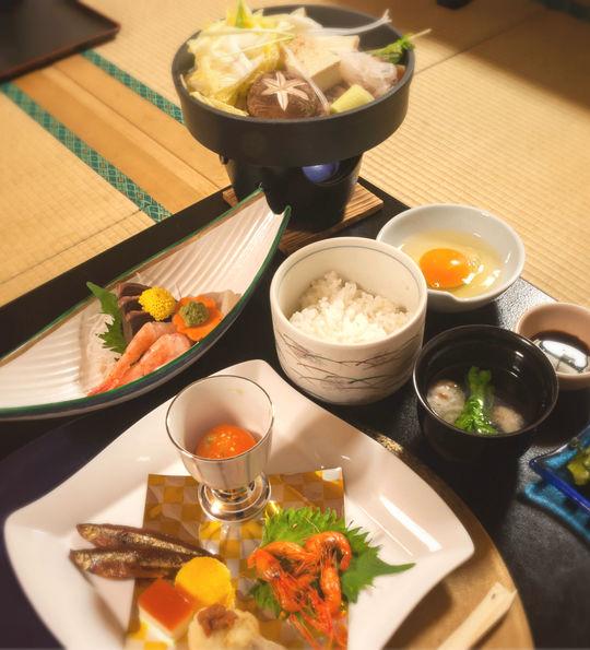 Kaiseki-ryori served in a ryokan
