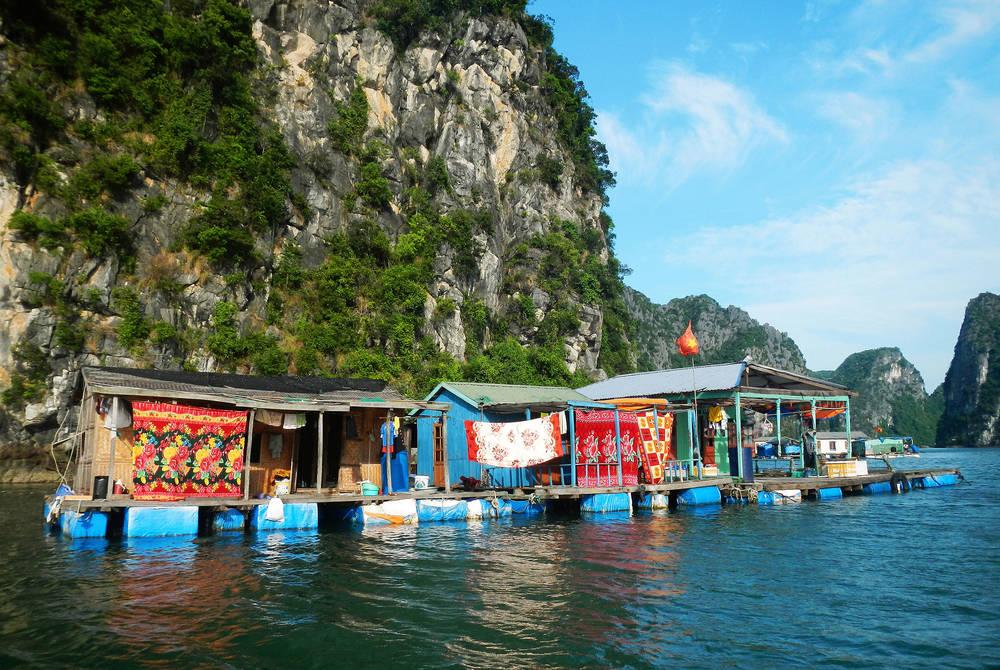 Kampong Phluk floating fishing village