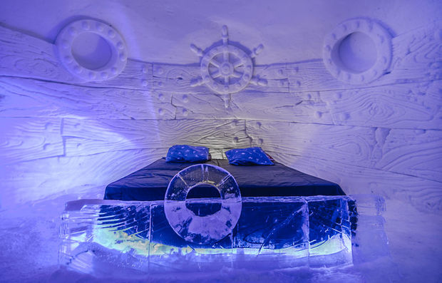 Kirkenes Snowhotel ice room hotel