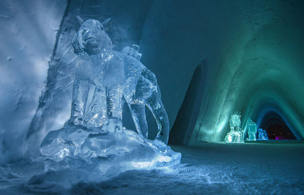 Kirkenes Snow hotel and ice hotel in Norway