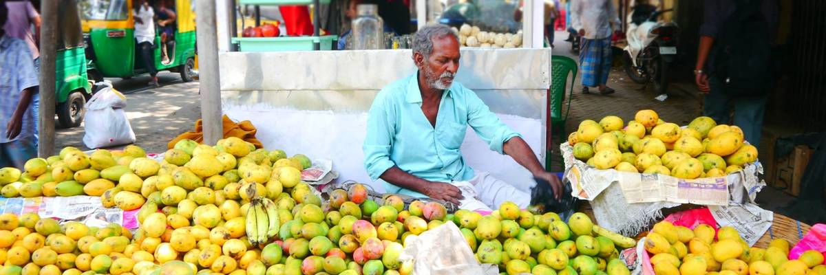 Kolkata fruit stall