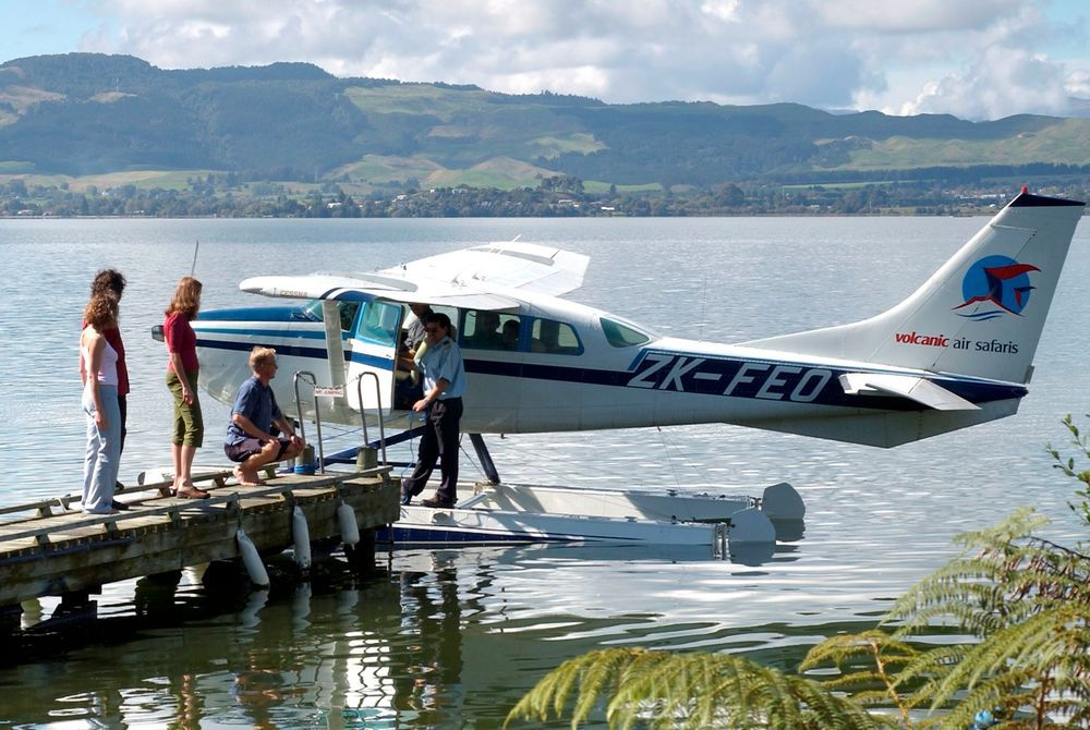 Koura Lodge floatplane, New Zealand